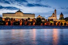 Moskou het Kremlin en de Rivier van Moskou Royalty-vrije Stock Foto