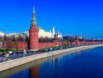 Moskou het Kremlin en Moskva Rivier, Rusland stock fotografie