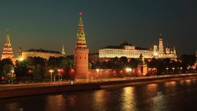 Moskou het Kremlin kade Timelapse in motie stock video