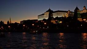 Moskou het Kremlin, Moskva-Rivierkade, het Grote Paleis van het Kremlin, Kathedraal van de Aankondiging, Kathedraal van de Aartse stock videobeelden