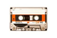MOSKOU, RUSLAND - APRIL 28, 2016: Audio compacte die cassete van SONY op witte achtergrond wordt geïsoleerd Zija Stock Foto