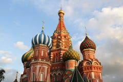 Moskou, Rusland De Kathedraal van het Basilicum van heilige op Rood Vierkant Stock Fotografie