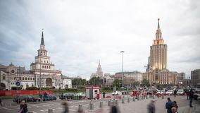 Moskou, Rusland, de time lapsefotografie van de straatsc?ne, luchtfotografie stock footage