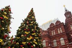 MOSKOU, RUSLAND - DEC, 2017: Kerstmis en Nieuwjaar op Manege-Vierkant De Seizoenen van festivalmoskou Stock Fotografie