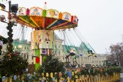 MOSKOU, RUSLAND - December, 2017: Carrousel in het centrum van Moskou, in het kader van de Festival` Reis wordt gevestigd aan CH  Royalty-vrije Stock Fotografie