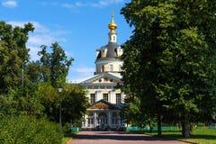 Moskou, Rusland - Juli 29, 2018: De Interventiekathedraal in Rogozhskaya Sloboda is de belangrijkste tempel van Russische Orthodo Royalty-vrije Stock Afbeelding
