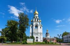 Moskou, Rusland - Juli 29, 2018: Panorama van de Kerk -kerk-belltower in naam van de Verrijzenis van Christus en de Kerk van Stock Afbeeldingen