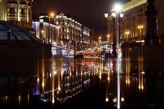 Moskou, RUSLAND - MAART 31: nachtlandschap in de vroege lente in het stadscentrum in Moskou op 31 Maart, 2014 Stock Afbeelding