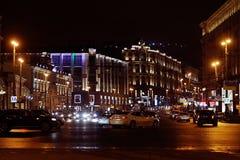Moskou, RUSLAND - MAART 31: nachtlandschap in de vroege lente in het stadscentrum in Moskou op 31 Maart, 2014 Stock Fotografie