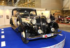 MOSKOU, RUSLAND - MAART 9: Retro automobiele Horch 830Bk 1935 bij t Stock Foto