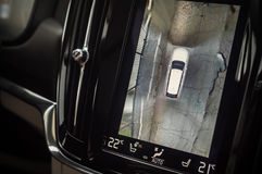 MOSKOU, RUSLAND - MEI 3, HET DWARSland VAN VOLVO VAN 2017 V90, BINNENLANDSE MENING Test van het nieuwe Dwarsland van Volvo V90 De Stock Afbeelding
