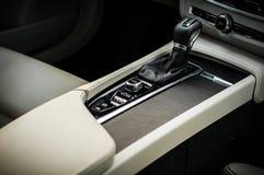 MOSKOU, RUSLAND - MEI 3, HET DWARSland VAN VOLVO VAN 2017 V90, BINNENLANDSE MENING Test van het nieuwe Dwarsland van Volvo V90 De Royalty-vrije Stock Afbeelding