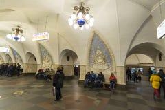 MOSKOU, RUSLAND 11 11 2014 metro post Taganskaya, Rusland Metro van Moskou vervoert meer dan 7 miljoen passagiers per dag Stock Afbeeldingen