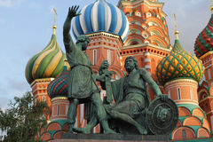 Moskou, Rusland Monument aan Minin en Pozharsky op Rood Vierkant Stock Fotografie