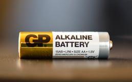 Moskou, Russische Federatie - 24 April, 2019: Een gp aa-batterij GP Gouden Piekgroep is een multinationale onderneming van Hong K stock fotografie