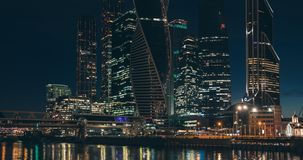 Moskou-stad bij nacht stock footage