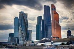 Moskou-stad Torenevolutie Het centrum van zaken in Rusland Het leiden van financiële transacties MOSKOU RUSLAND Stock Fotografie