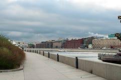 Moskva河银行  库存照片