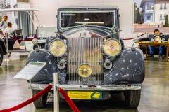 MOSKVA - AUGUSTI 2016: Rolls-Royce Phantom III 1937 som framläggas på MIAS Moscow International Automobile Salon på Augusti 20, 2 Royaltyfri Foto