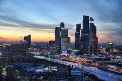 Moskva-città a paesaggio urbano di Mosca - di Frosty Sunset e a Pictur urbano Immagini Stock Libere da Diritti