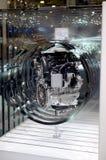 MOSKVA - 29 08 2014 - Motor för bil för internationell salong för bil för bilutställningMoskva ny innovativ i detalj Royaltyfri Fotografi