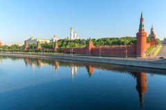 Moskva River and Moscow Kremlin Royalty Free Stock Photos