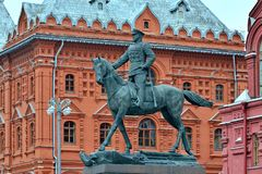 """Moskva Ryssland †""""Augusti 14, 2017: Monument som ordnar Georgy Z Royaltyfri Bild"""