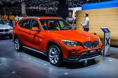 MOSKVA RYSSLAND - AUGUSTI 2012: BMW X1 E84 som framläggas som världspremiär på den 16th MIAS Moscow International Automobile Salo Arkivfoton