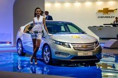 MOSKVA RYSSLAND - AUGUSTI 2012: CHEVROLET VOLTBEGREPP som framläggas som världspremiär på den 16th MIAS Moscow International Auto Royaltyfri Bild