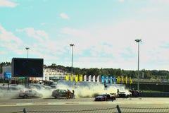Moskva Ryssland - Augusti 29, 2015: Utöver det vanliga etapp av kapplöpningsbanan för Moskva för Porsche sportutmaning inom ramen royaltyfri bild