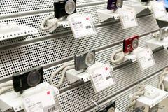 Moskva Ryssland - Februari 02 2016 Sony Cameras i eldorado är stora butikskedjor som säljer elektronik Fotografering för Bildbyråer