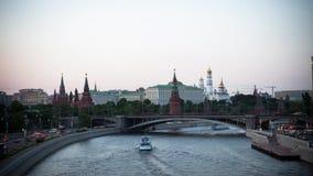 Moskva Ryssland, gataplatsTime-schackningsperiod fotografi, flygfotografering lager videofilmer