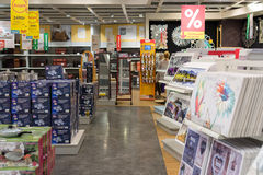 MOSKVA RYSSLAND - 24 09 2015 Inre av shoppar Hoff - en av det största ryska möblemangnätverket Royaltyfria Foton