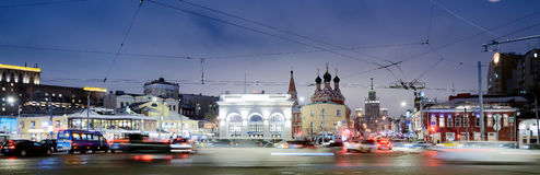 MOSKVA RYSSLAND - Januari 27 2017: Taganskaya fyrkant royaltyfria bilder