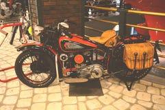 MOSKVA RYSSLAND - JANUARI 6, 2018: Vadim Zadorozhny Technology Museum motorcykelindier 741 B arkivfoto