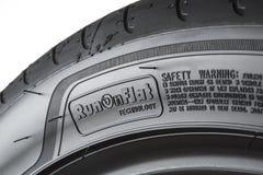 MOSKVA RYSSLAND - MARS 24, 2018: Sommarbilgummihjul Eagle F1 Asymme Royaltyfria Foton