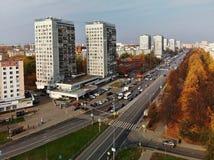 Moskva Ryssland - Oktober 20 2018 sikt från ovannämnt på central aveny i Zelenograd royaltyfria foton