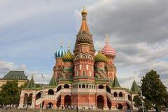 Moskva Ryssland, röd fyrkant av St-basilikas domkyrka Royaltyfri Foto
