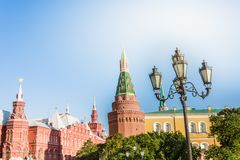 Moskva Ryssland - September 23 09 2017: MoskvaKreml i sommardag royaltyfria bilder