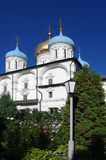 MOSKVA RYSSLAND - September 23, 2015: Novospassky kloster Fotografering för Bildbyråer