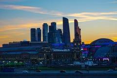 Moskva Ryssland - sikt av affärsmitten av Moskva arkivfoton