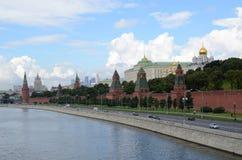 Moskva.Vid το Κρεμλίνο και το ανάχωμα Στοκ Φωτογραφίες