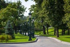MoskvaKreml och Alexander'sens trädgård Arkivfoton