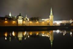 MoskvaKreml på natten Fotografering för Bildbyråer