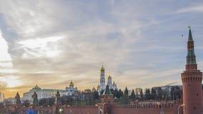 MoskvaKreml på solnedgången Fotografering för Bildbyråer