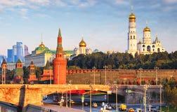 MoskvaKreml på soluppgång, Ryssland royaltyfri bild