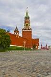 MoskvaKreml, Spasskaya torn, röd fyrkant Arkivfoton