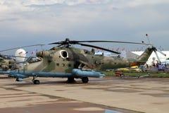 Moskvaregion - Juli 21, 2017: Helikopter Mi-35M på Internaten Arkivbild