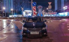 Moskvastadsbilar arkivfoton