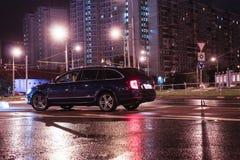 Moskvastadsbilar royaltyfri fotografi